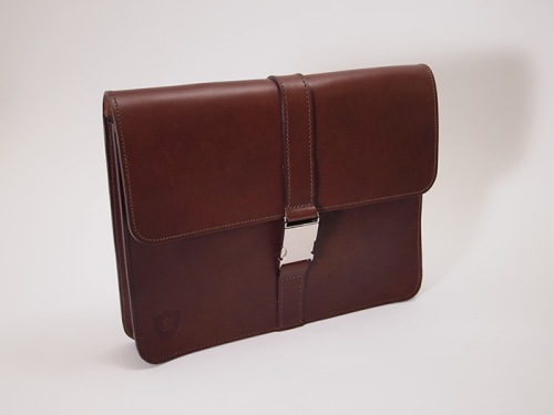 "Holdall&Co,The Organised 12"", Under-arm folio, Chestnut leather £185"